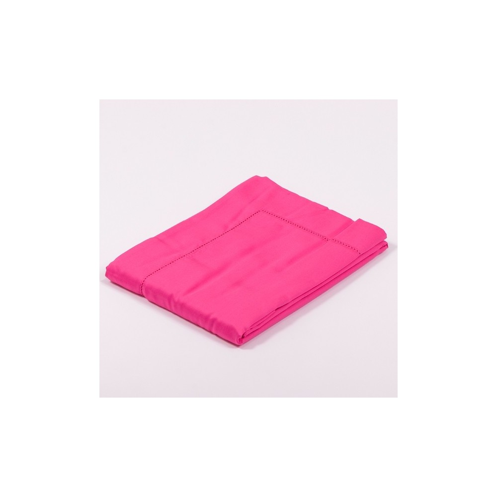 taie d oreiller satin de coton fuchsia. Black Bedroom Furniture Sets. Home Design Ideas